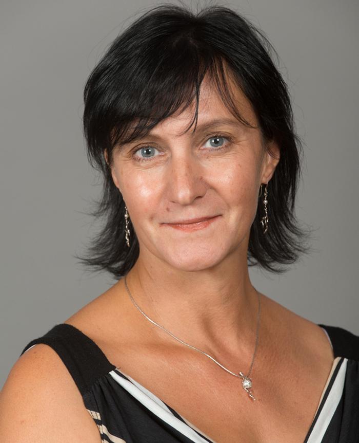 Natalie tomasi chambre de commerce et d 39 industrie de laval for Chambre de commerce et d industrie de laval